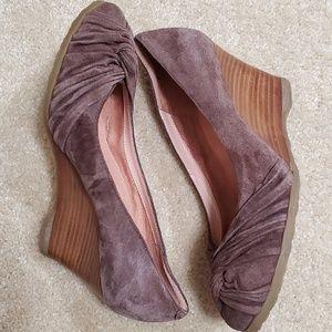 Seychelles Closed Toe Wedge Shoes